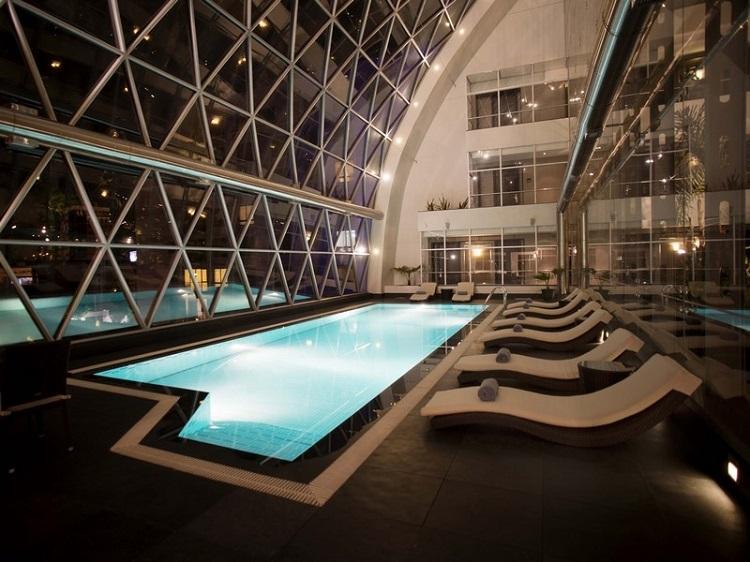 Casa Deluxe Hotel Booking