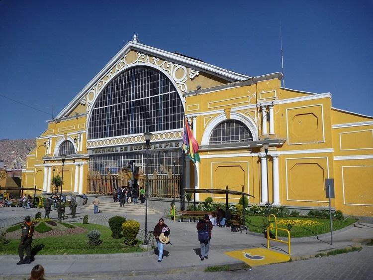 bus-terminal-la-paz-bolivia